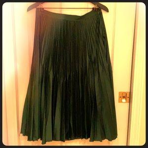 Reiss Knife-pleat Isidora pleated skirt green